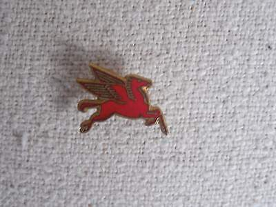 mobile oil pin red and gold