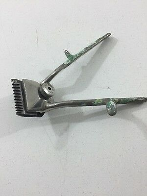 Vintage Besteel Hand Held Hair Clippers - No. 000 - Made in USA