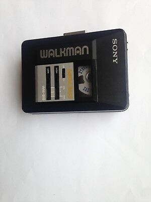 Sony Walkman Cassette Player Wm-B15 *made In Japan* *retro Collectable*