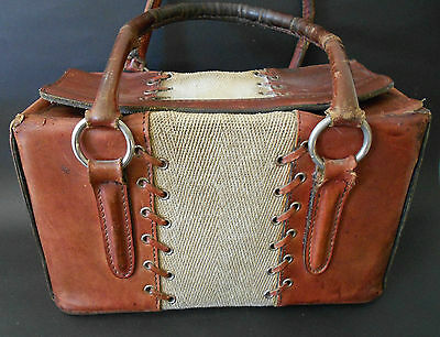 VINTAGE C1960s LEATHER AND WOVEN FABRIC BOX SHAPED HANDBAG TAN AND CREAM
