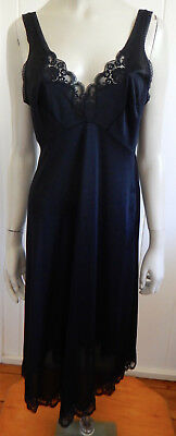 Kayser beautiful black lacey vintage full slip size 16 (US 12)