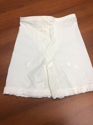 Vintage Playtex 4209  I Can't Believe Its A Girdle Bloomer panties sz XL Cream