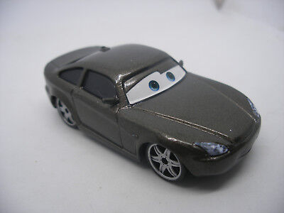 Mattel Disney Pixar Voiture CARS 2 Die Cast Metal 1/55 BOB CUTLASS