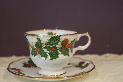Rosina Fine Bone China Christmas Yuletide Tea Cup And Saucer