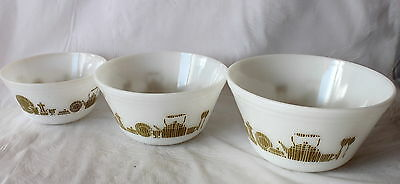 Vintage Set 3 nesting FEDERAL GLASS Mixing Bowls White Kitchen Design Retro