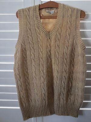 Braemar vintage biscuit Shetland wool cable-knit vest for man or woman size 20
