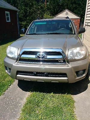 2006 Toyota 4Runner  2006 Toyota 4Runner V8-VERY CLEAN/NONSMOKER/GOOD SERVICE RECORDS