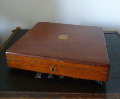 Antique Vintage Wooden Mahogany Brass Shield Cutlery Box - Lift Out Tray c1900