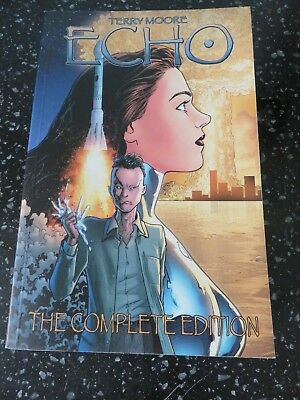 Echo The Complete Edition -Terry Moore