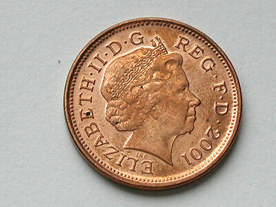 UK (Great Britain) 2001 TWO PENCE (2p) Queen Elizabeth II Coin AU RED/BROWN