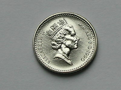 UK (Great Britain) 1990 FIVE PENCE (5p) Coin - UNC
