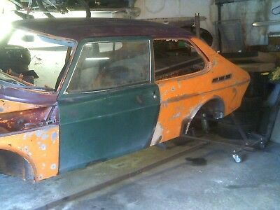 Saab 99 Combi Coupe 3 Dr / Turbo / Ems Solid Bodyshell On Rotisserie Car Roller