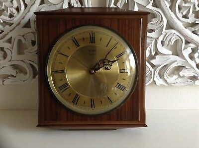 Vintage Retro Iconic Metamec Wood Effect 1960's-1970's Wall Clock Collectable