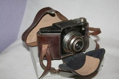 Ihagee Exakta Jr Junior TYPE 3 Vintage Camera with Case