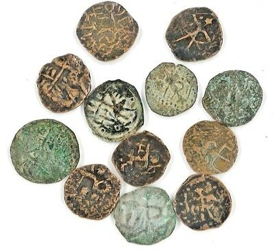 One (1) Hunnic Nomads Jouan-Jouan India Units Bronze Coin,195 A.D.