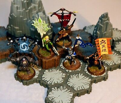 Heroscape - Crest of the Valkyrie Complete Set of Flag Bearers