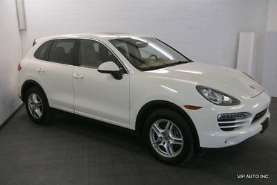 Porsche Cayenne  Porsche Cayenne Convenience Package Bose Surround Sound Navigation Heated Seats
