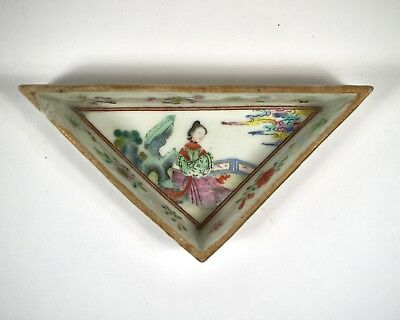 Antique 19th century Chinese Famille Rose porcelain triangular dish