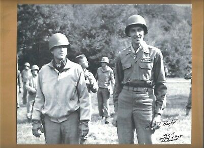 Van Barfoot WW2 Medal Of Honor Autographed 8x10 Picture Photo