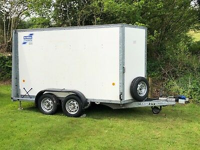 Ifor Williams trailer BV105