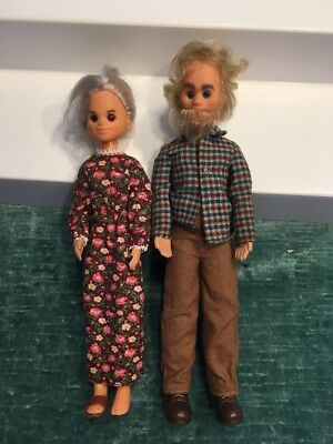 Vintage Sunshine Family Grandma and Grandpa dolls 9112 Mattel
