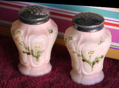 Rare antique PAIR of Mt. Washington salt pepper shakers, pink & cream, daisies
