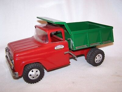 Vintage 1960's Red & Green Tonka Mechanical Dump Truck - Working Condition