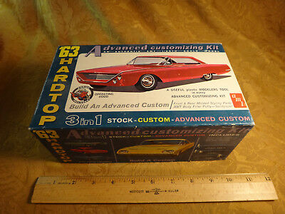 AMT 63' Hardtop Ford 500 XL Car 6123-200 1/25 Model - Free S&H USA