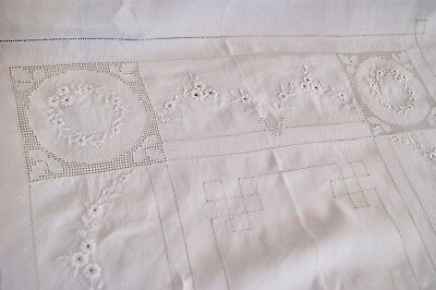 ANTIQUE IRISH LINEN TABLECLOTH or BEDSPREAD Whitework Embroidery Punchwork Lace