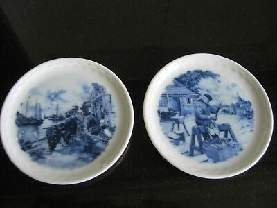 2 Ter Steege BV Delft Blauw Hand Decorated Miniature Plates