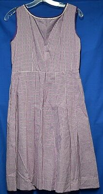 German Oktoberfest dirndl girls Purple check