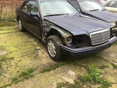 Mercedes W124 Coupe Wheel Nut Breaking For Spares