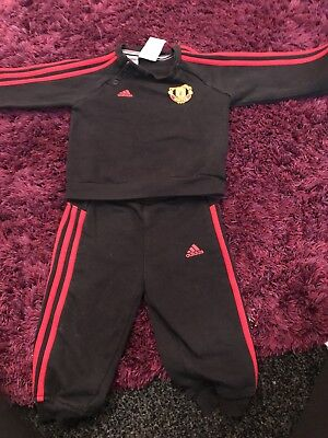 manchester united tracksuit 6-9 Months