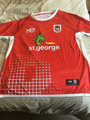 St George Illawarra 2018 Training T Shirt. (Size 2XL)
