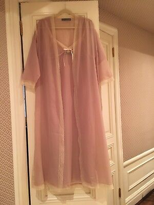 Vintage Fernando Sanchez Blush Pink Nightgown and Robe Set with Lace Trim SMALL