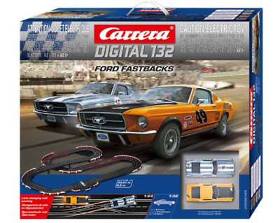 Carrera D132 Ford Fastback Set 2x 67 Ford Mustang