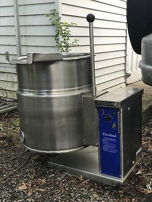 Cleveland 12-Gallon Electric Steam Kettle, Model KET-12T, With Stand!