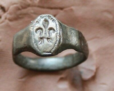 Ancient Roman Bronze  Legionery Intaglio Seal Ring Size D= 18mm 4gm Quality