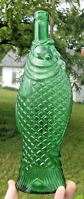 Emerald Green Colored Figural Fish Wine Bottle Cork Top 1950's Era