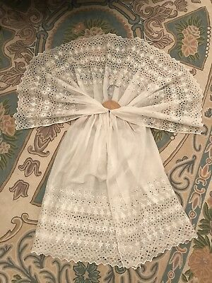 Antique BabyChristening cape/cloak Victorian Embroidery White Cotton Impeccable