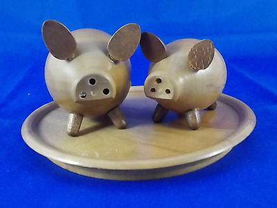 Older Pigs Salt and Pepper Shaker Wood 60s SCANDINAVIAN DESIGN