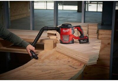 Milwaukee M18 18-Volt Lithium-Ion Cordless Compact Vacuum (Tool-Only)
