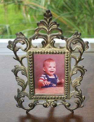 Vintage Ornate HEAVY METAL Picture Photo 2 x 3 Frame Easel Back Stand