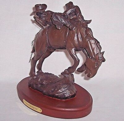 Montana Silversmiths 2nd Jump Out Sculpture Lifestyles Statue Figurine Retired