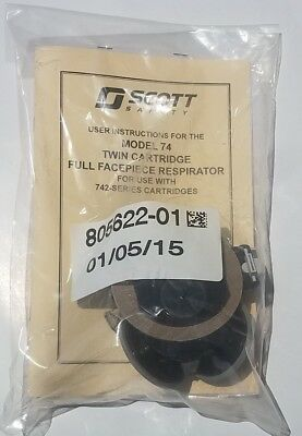 Scott Safety 805622-01 Model 74 Twin Cartridge Face Piece Respirator