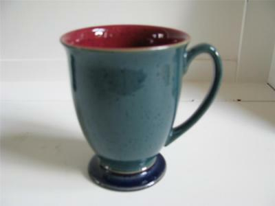 Denby HARLEQUIN footed Mug(s) lot of 4 Green Red inside speckled stoneware