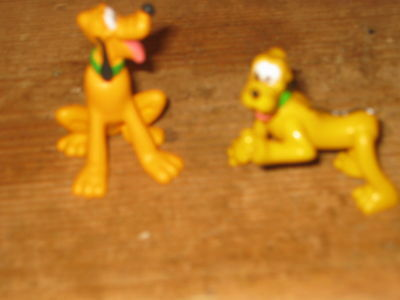 Disney Pluto  2 Dog Play Figures Sit & All Legs Move To Pose  Stand Sit Lye Down