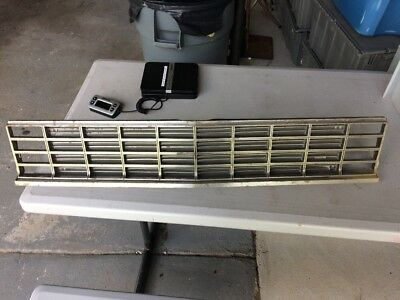 Genuine GM OEM 1978  Chevrolet Impala One Piece GRILLE