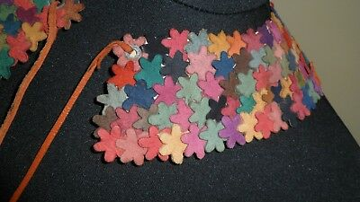 Vintage 1940s style pretty collar with tiny suede shapes