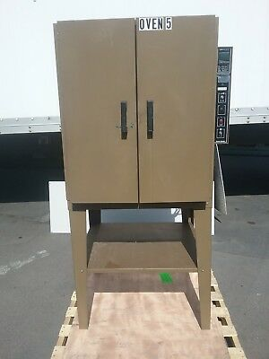 Quincy Lab Bench Oven with Stainless Steel Interior